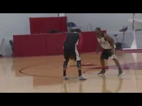 THE RETURN..Derrick Rose playing 1on1 vs Chicago Bulls teammates
