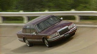 MotorWeek | Retro Review: 1990 Lincoln Town Car