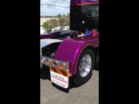 Australian Peterbilt 379 Right Hand Drive Retruck Australia
