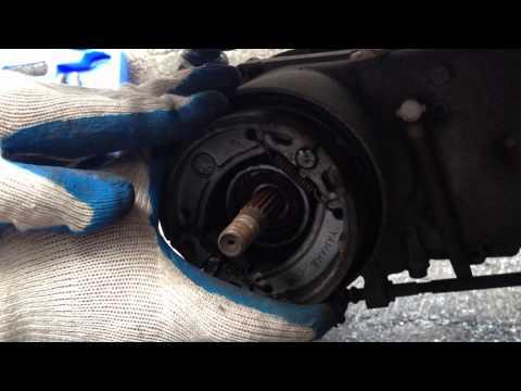Como cambiar frenos traseros a una scooter Parte 1