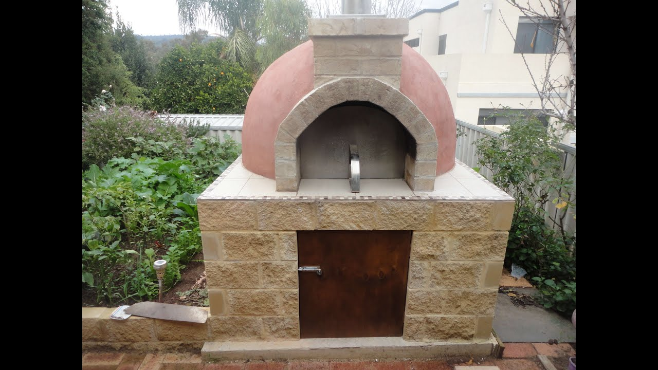 Construction Of A Pompeii Wood Fired Pizza Oven Youtube