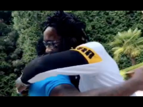 Young Thug And Gucci Mane Hugg Each Other As They Reunite At Gucci's House