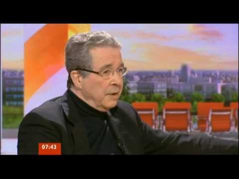 Mark Featherstone-Witty net worth salary