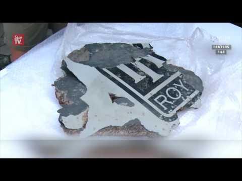 Australia examines possible MH370 plane debris