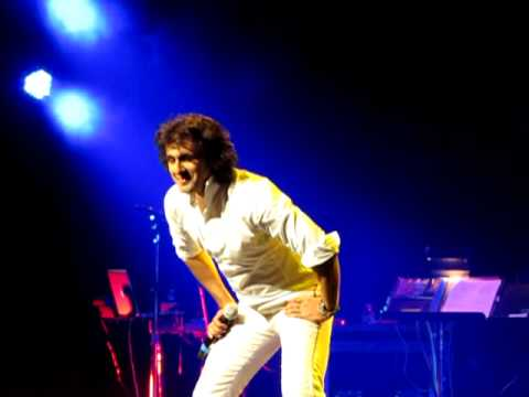 Sonu Nigam - Bijuriya - Live at LA