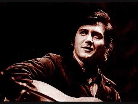 Phil Ochs - Scorpion Departs But Never Returns