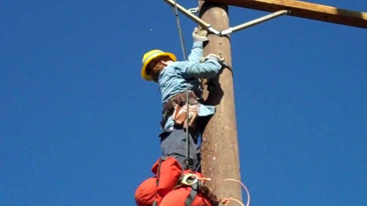 Lineman Rodeo Pole Top Rescue Pole Top Rescue 2009 Look Out