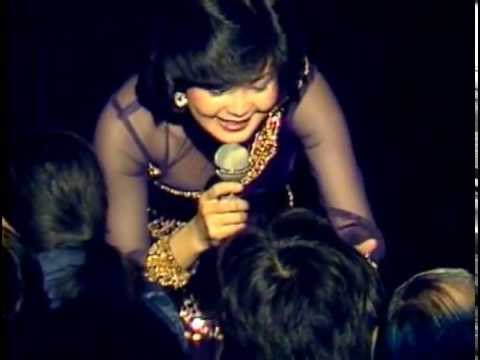 Teresa Teng In 1982 video