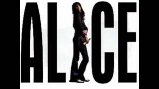 Watch Alice Cooper Aint That Just Like A Woman video