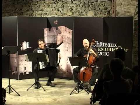 DIS-CONTINUO Duo Alessandro Palmeri - violoncello barocco Giorgio Dellarole - fisarmonica 415 (sistema Vallotti) Châteaux en Musique 2010 Sarriod de la Tour St-Pierre (Ao) 26 agosto 2010.