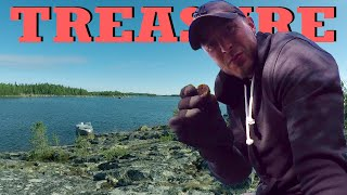 Exploring for TREASURE on an Iron Age Island - metal detecting Finland