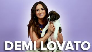 Download Lagu Demi Lovato Plays With Puppies (While Answering Fan Questions) Gratis STAFABAND