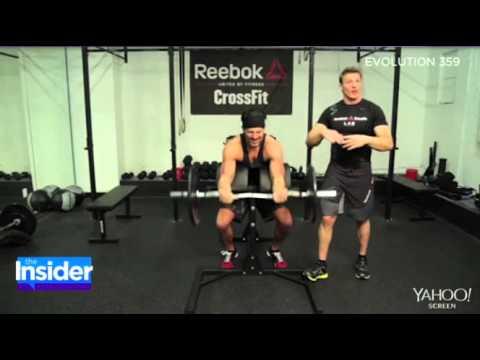 Joe Manganiello Shows Off Bulging Biceps While Training for 'Magic Mike XXL'