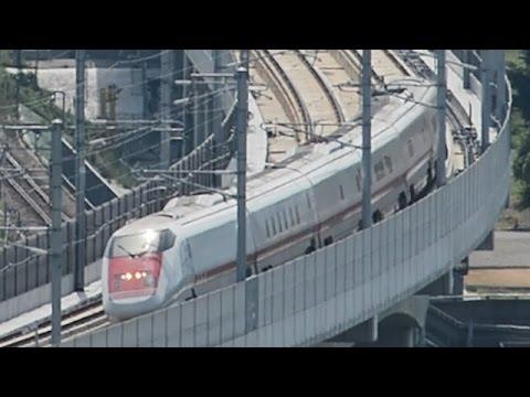 富山駅周辺を走るイーストアイ