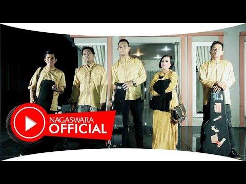 Merpati Band - Doa Menjemput Harap - Official Music Video - NAGASWARA