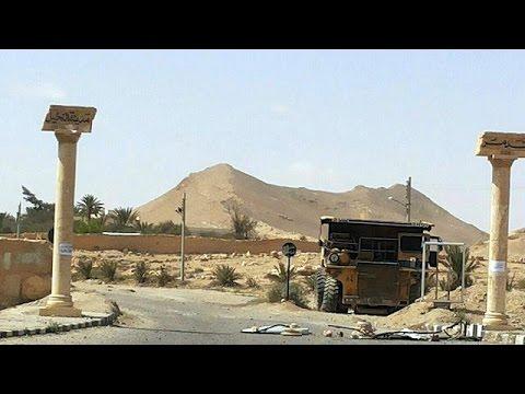 Suriye Ordusu Palmira'yı IŞİD'den geri aldı