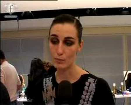 fashiontv | FTV.com - MODEL TALK- ERIN O CONNOR FW MILAN Video