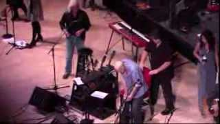 ARLO GUTHRIE & PETE SEEGER WITH THE GUTHRIE FAMILY AT CARNEGIE HALL NYC 30 Nov 2013