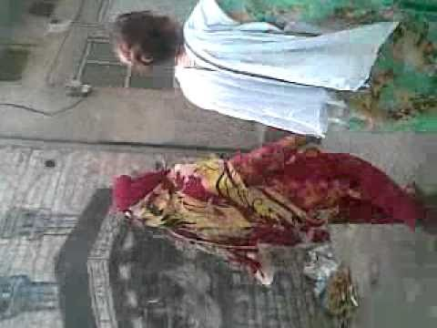 Shemale Fight In Faisalabad(mian Irfan Making It).mp4 video