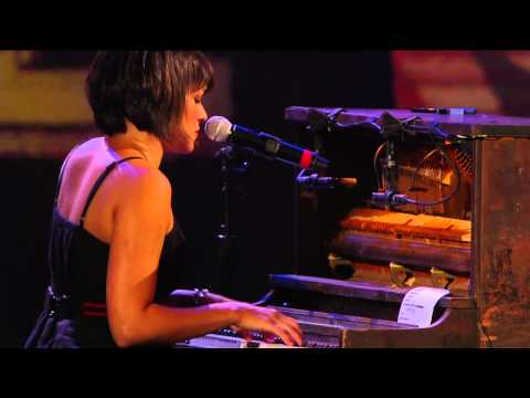Norah Jones - Come Away With Me (Live at Farm Aid 25)