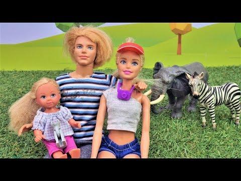 Куклы Барби - Семья Штеффи на сафари. Игры для девочек.