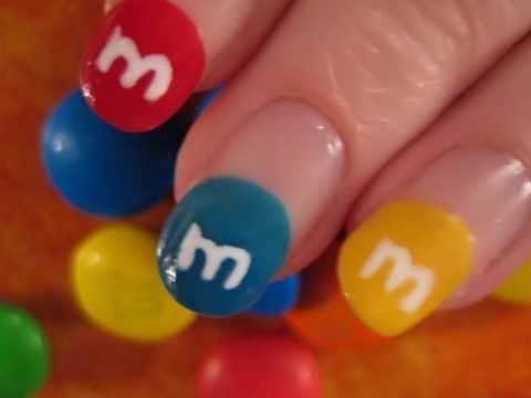 M&M Nail Art - M&M- es körmök