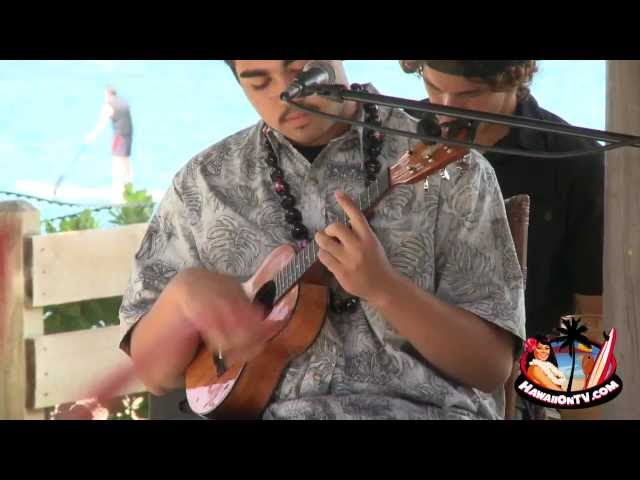 16th Annual Youth Ukulele Players Contest - Hula Grill Maui