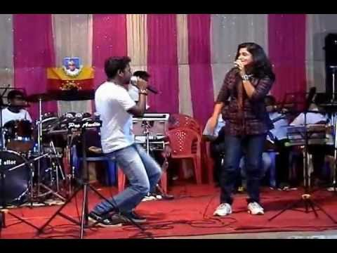 Vada Vada Paiya - Dancing Singers.wmv video