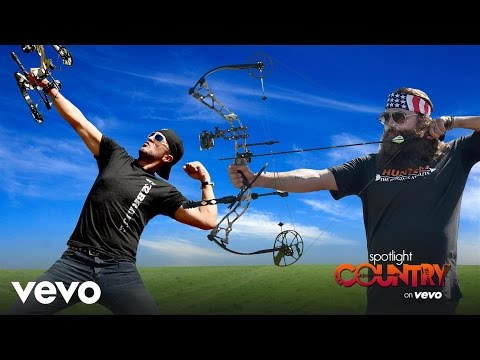 Luke Bryan, Willie Robertson & More Face-off In Target Shooting Competition (spotlight ... video