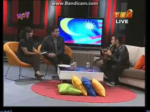 Awi Rafael ~ Bila Aku Jatuh Cinta live @ Hello on 2 + interview