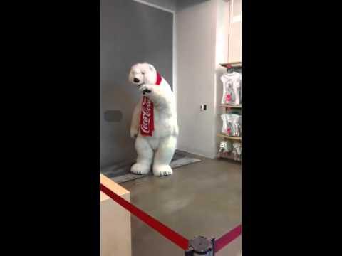 マスコットの白クマのパフォーマンスが素敵過ぎ♪