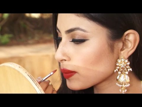 Bollywood Baby Mouni Roy Leaked  Mackeup Room Video