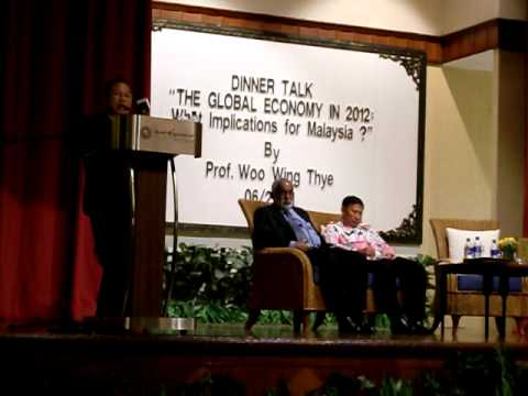"MPKj DinnerTalk1: ""The Global Economy in 2012: What implications for Malaysia ?"" 220611"