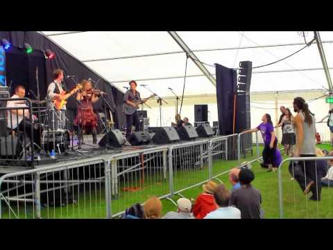 3 Daft Monkeys @ 2011 Ely Folk Festival