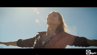 Anna Naklab and Younotus ft. ALLE FARBEN - Supergirl