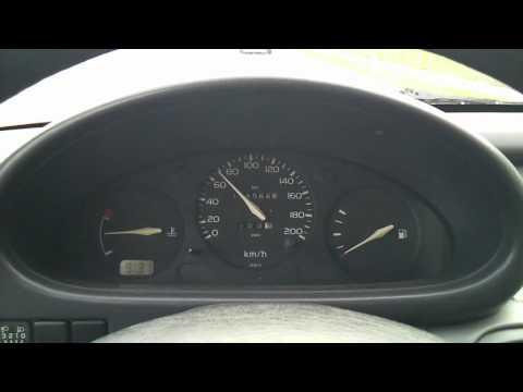 Nissan Micra 1.0 - 160km/h