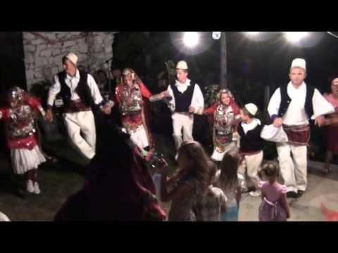 Vallja Rrajces Ne Dasmen E Lulezime Beqo. video