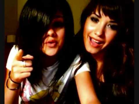 demi lovato y selena gomez one and the same (pictures)