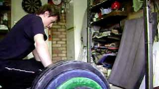 Mike ~ Deadlift 165 kg x 3 reps - GREAT STRENGTH, BAD FORM (I APPOLOGISE)