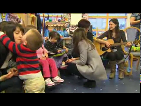 Kate Middleton Sings with Sick Children