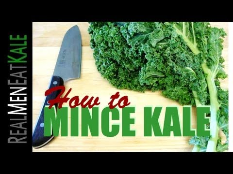 How to Mince Kale