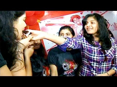 Anjali At Radio Mirchi 98.3 Red Fm - 7th Anniversary Lucky Draw-masala Movie Heroine Anjali video