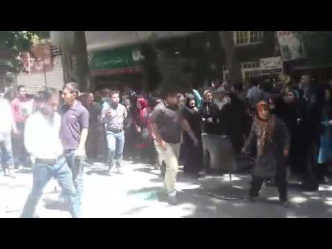 غارت شدگان مؤسسه های کاسپین و توسعه (آرمان) خیابان میرداماد در تهران را بستند   تصاویر و فیلم.