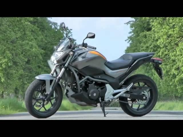 Vid�o Essai Honda NC 700 S 2012 : Le roadster... essenciel !