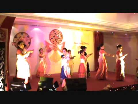Assamese Dance By Muscat Children At Rongali Bihu-2010 video
