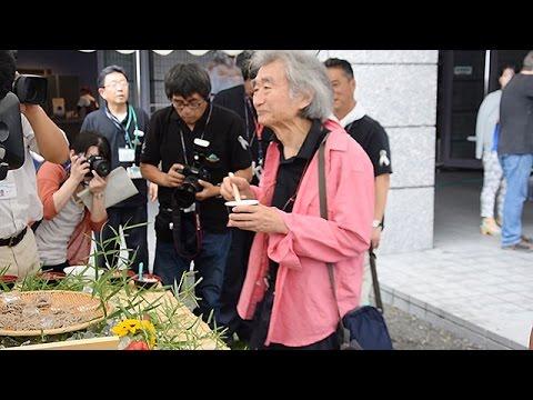小澤征爾さんら信州ソバで歓待 SKF松本