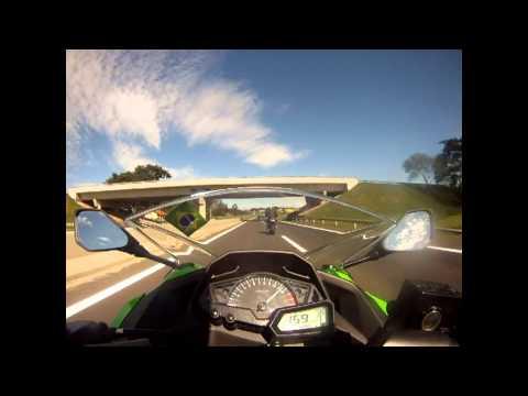 Ninja 300 - 194 km/h - Dom Pedro 1