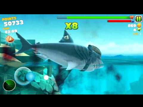 Using megalodon in Hungry Shark Evolution