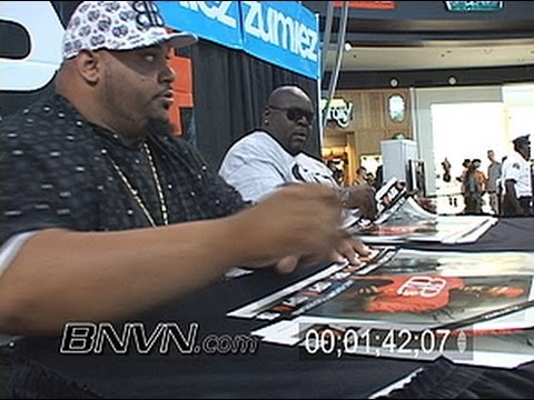 7/29/2007 MTV's Big Black & Bam Bam autograph signing