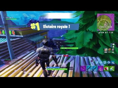 PHNM - 28 KILLS SOLO VS SQUADS! Fortnite PS4 PROJECT*
